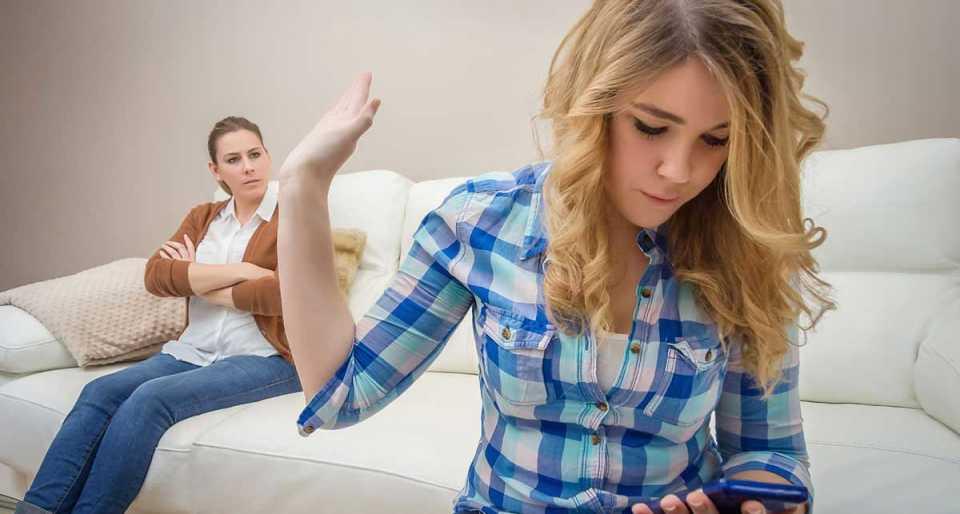 Спор дочери с матерью