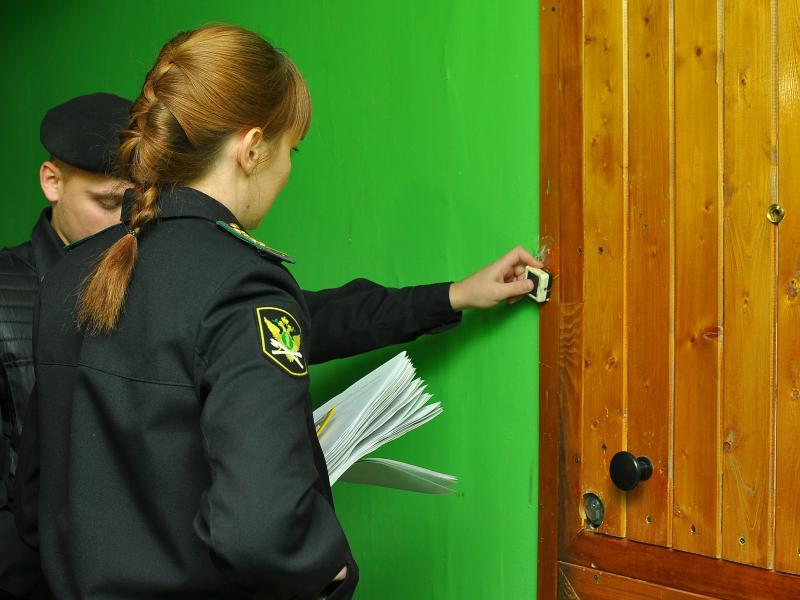 Розыск должников по алиментам сотрудниками ФССП.