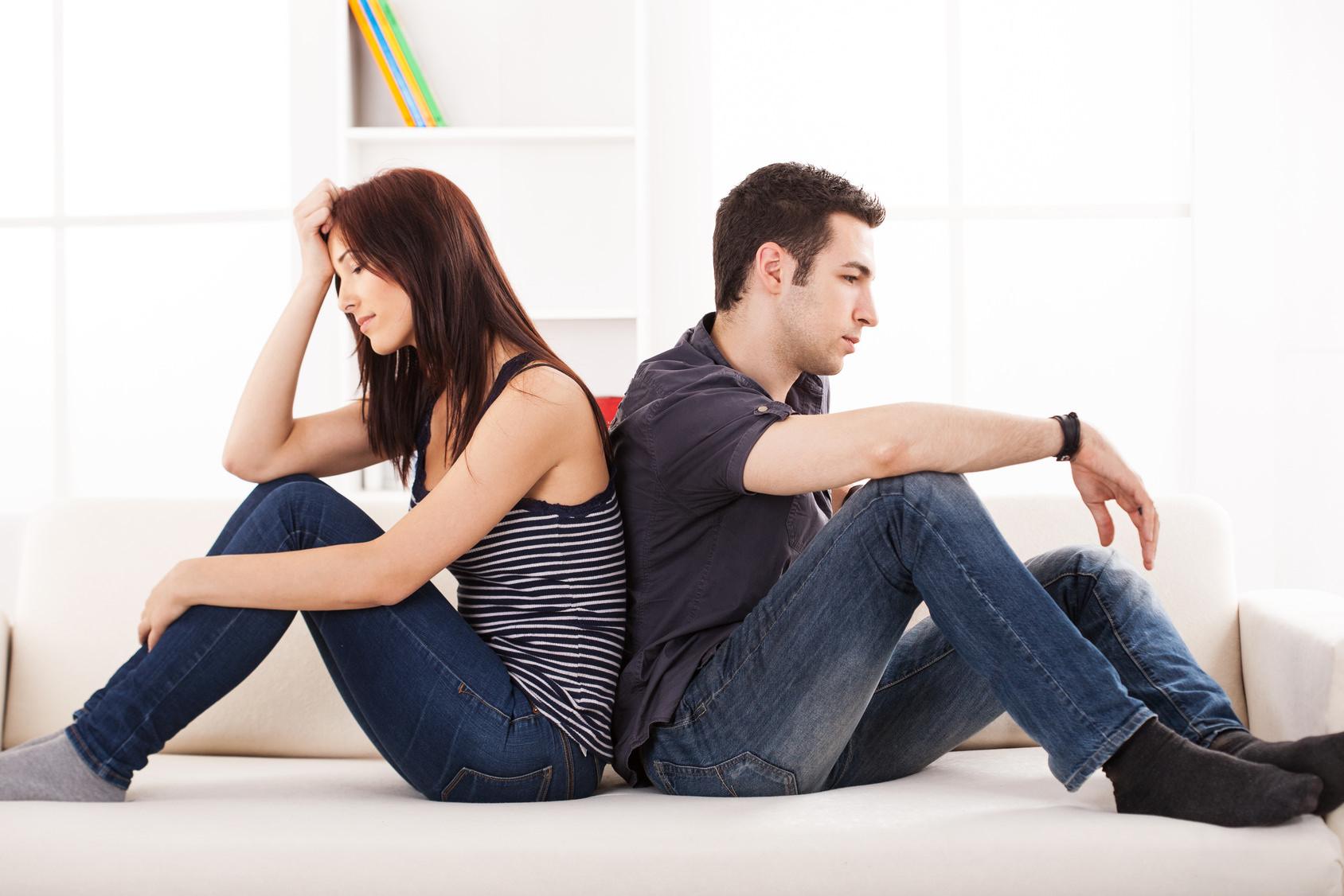 Расстроенные супруги